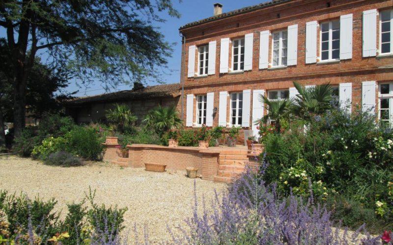 Maison-et-terrasse-Sud